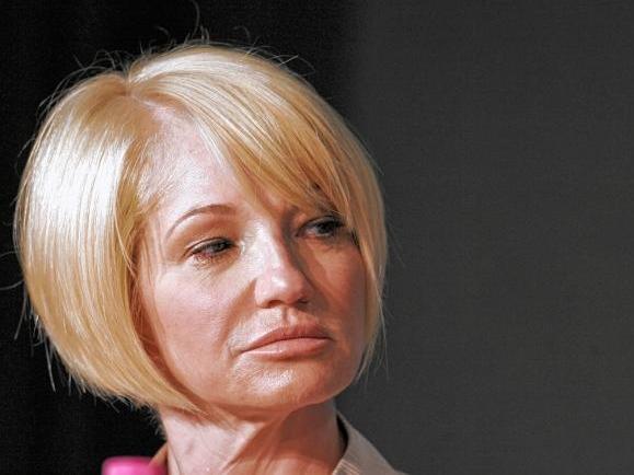 Ellen Barkin Sneers at Breitbart's Death, Calls Conservatives 'Evil A**holes,' 'Pro Murder'