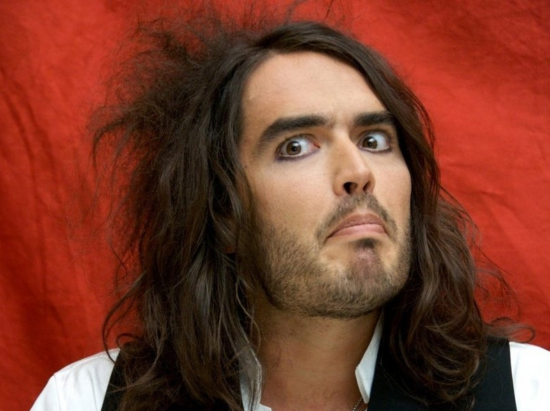 Russell Brand on Palin's Popularity: 'People Want to F*** Her'