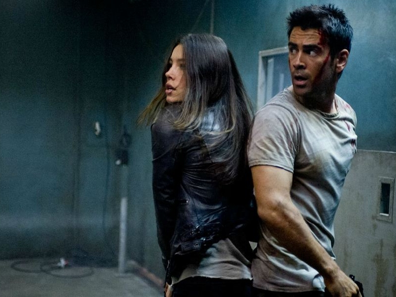 'Total Recall' Review: Brainless Remake Swamped by Digital Distractions