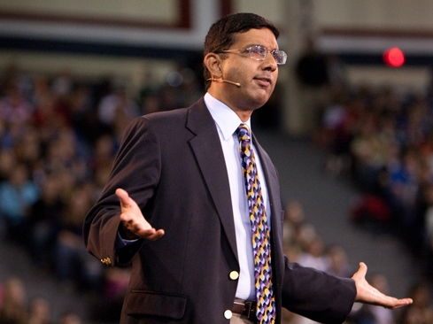 D'Souza: Obama Camp's Critique of '2016' 'Mix of Name Calling and False Allegations