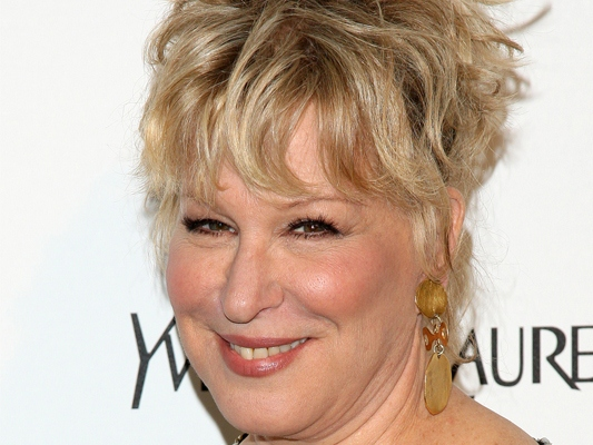 Not So Divine: Midler Says Anti-Muslim Filmmaker Should Be Charged for Murder