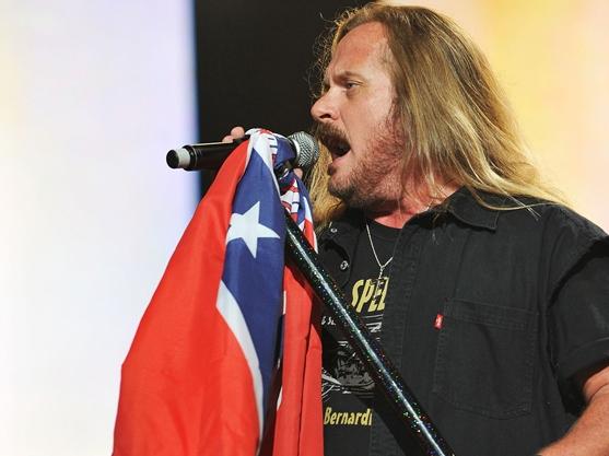 Rockers Lynyrd Skynyrd Denounce, then Embrace, Confederate Flag