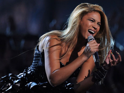 AP Source: Beyonce Will Sing During Super Bowl Halftime