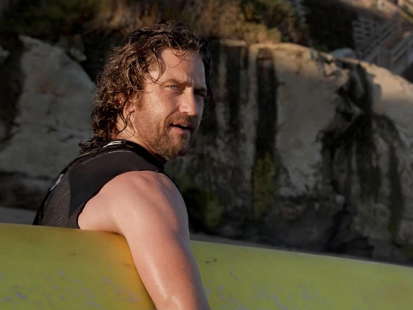 'Chasing Mavericks' Review:  Great on Water, Drowns on Land