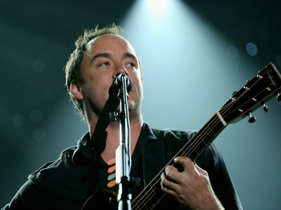 Dave Matthews Joins Obama, Clinton on Campaign Trail
