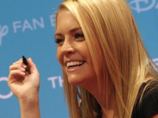 'Sabrina' Star Hearts Romney/Ryan, Liberal Hate Ensues