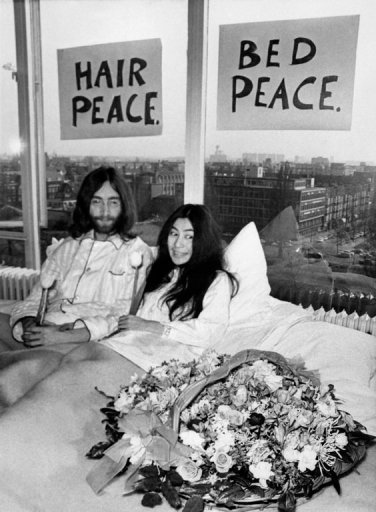 Nearly 80, Yoko Ono Tries Something New: Fashion