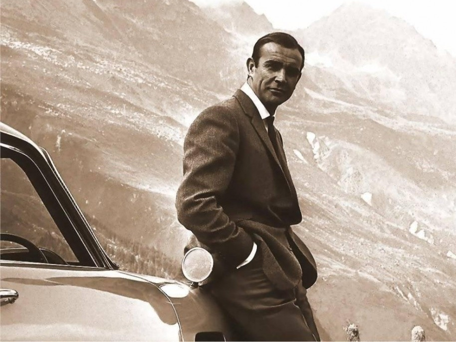 The James Bond Chronicles: Best of the Franchise