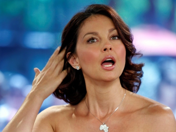Ashley Judd Urges Women to 'Come Forward'