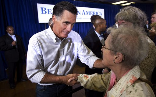 Romney, Santorum Struggle to Energize Their Supporters