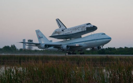 US Space Shuttle Discovery Flies One Last Time