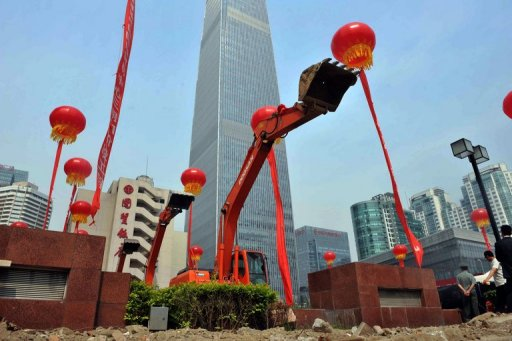 Home prices fall in 60% of big Chinese cities