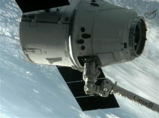 Private Commercial Vessel Docks with International Space Station