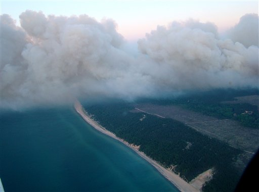 Mich. wildfire grows to more than 21,000 acres
