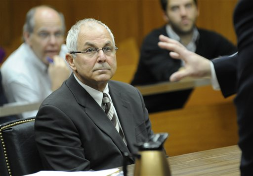 Prosecutors: Madoff Brother to Plead Guilty in NY