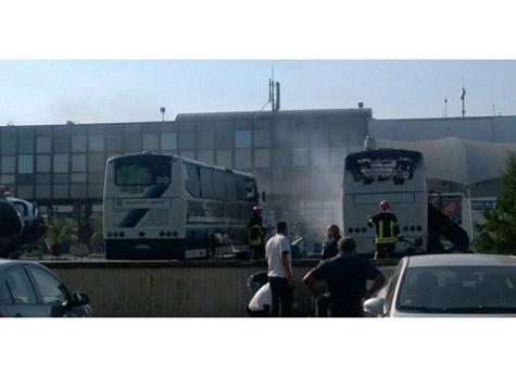 Bulgaria: Seven Dead as Blast Hits Bus of Vacationing Israelis