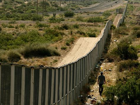 Republican Platform Supports Completion of US-Mexico Border Fence