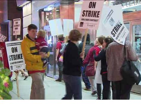 Chicago Strike: Charter Schools Open, Union-Run Schools Closed