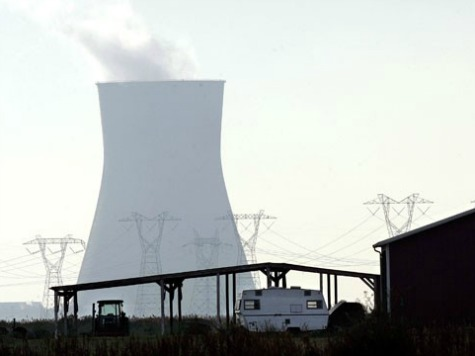 Nuclear plant shuts down unit as storm hits coast