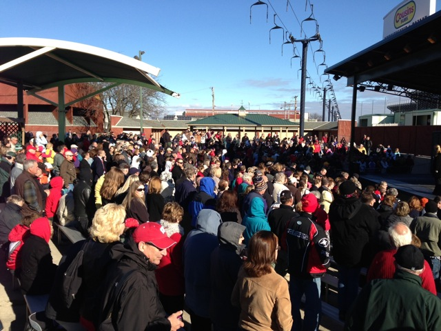 Thousands Overflow Romney Speech in Wisconsin