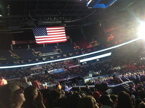 Obama Ends Campaign in Half-Empty Arena
