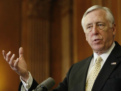 Hoyer: WH Should Pay Women Equally To Men