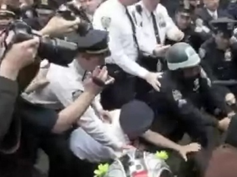 Video: Occupy's 'Black Bloc' in Shoving Match with Police