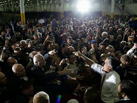 Huge Crowd Greets Mitt Romney in Roanoke, Virginia