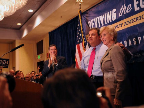 Chris Christie Stumps for McMahon: 'Murphy Is Nancy Pelosi's Butler'