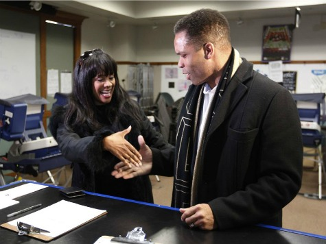 Chicago Alderwoman, Jesse Jackson Jr.'s Wife, Resigns