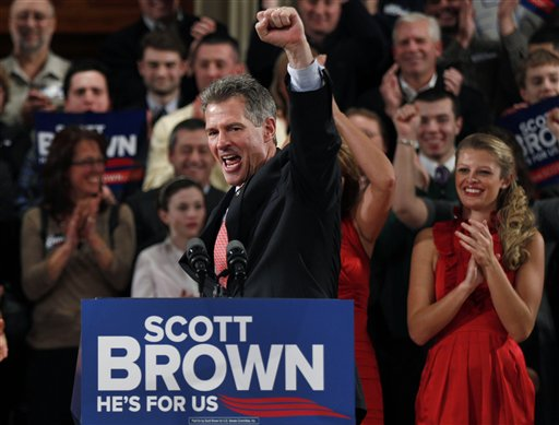 Brown mulls Mass. Senate run