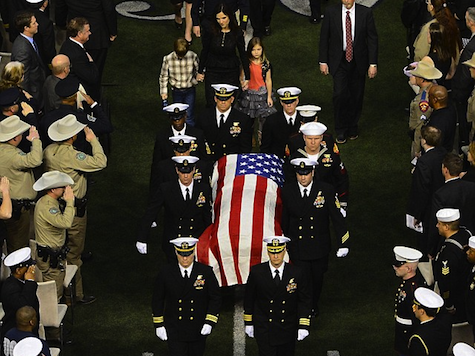 Thousands Attend Chris Kyle Memorial Service in Cowboys Stadium