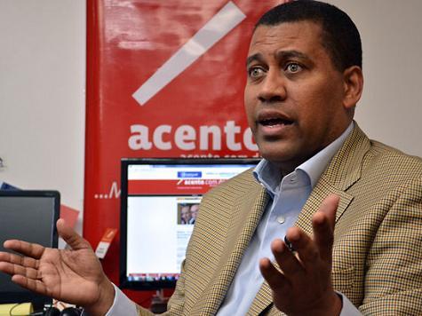 Claim: Menendez Pressured U.S. to Revoke Dominican Pol's Visa