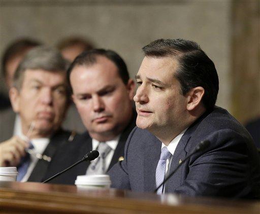 Cruz's tactics boil Washington, but impress Texas
