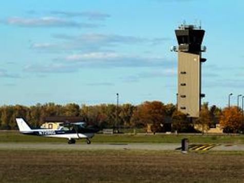 Former Air Traffic Controller Warns Cutting Sacramento Tower Will Lead to Deaths