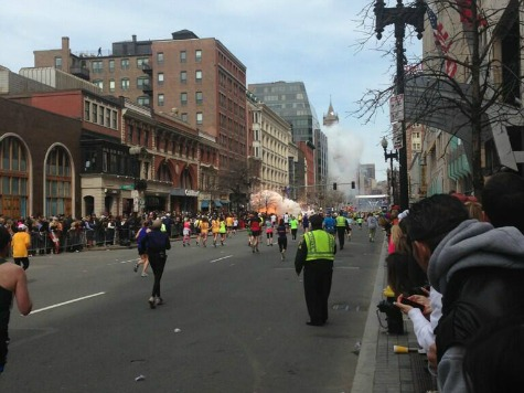 Explosion at at Boston Marathon (images)