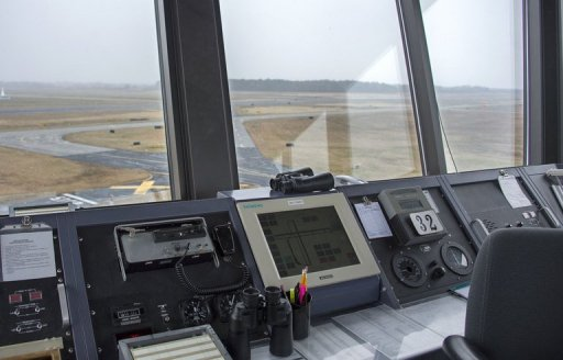 US Senate OKs Bill to End Air Traffic Control Furloughs