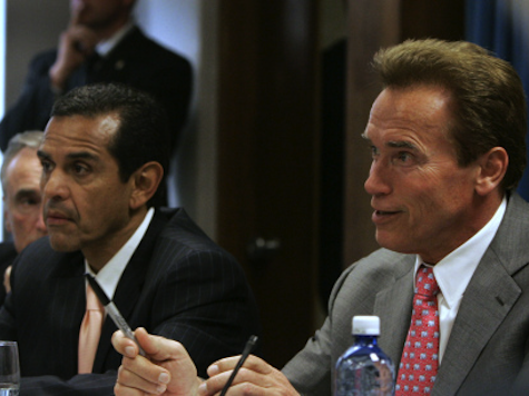 Schwarzenegger, Villaraigosa, McCain Team Up for Immigration Crusade