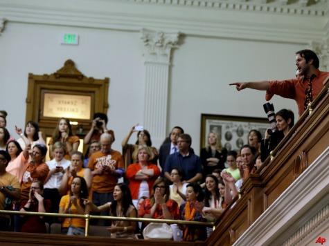 TX House Passes Late-Term Abortion Ban Bill, Moves on to Senate