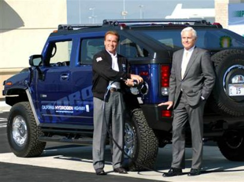 Schwarzenegger: Make Your Cars, Jacuzzis, and Televisions Eco-Friendly