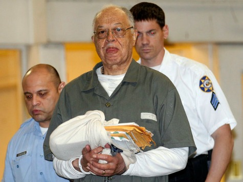 Convicted Murderer Gosnell Signs Plea Admitting to 'Pill Mill'