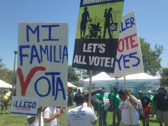 Media Exaggerate Bakersfield Immigration Rally; SEIU Inflates Numbers by Factor of 20