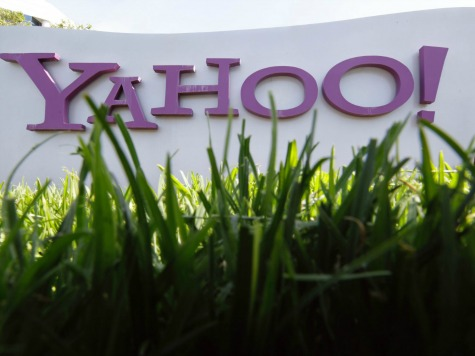 Yahoo Tops Google in Unique Visitors for First Time Since 2011
