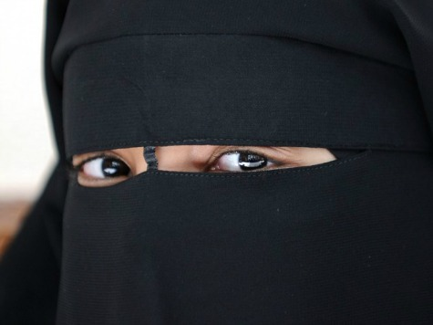 Violence, Threats, Prompt More Muslim Women in Britain to Wear a Veil