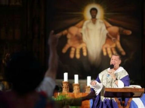 Chicago's Father Pfleger Begs Gov't, Not God, to Solve Violence Epidemic