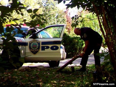 Caught On Camera: Cop Kicks, Confiscates Pro-2nd Amendment Sign