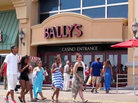1 Dead in Triple Shooting at Vegas Strip Nightclub