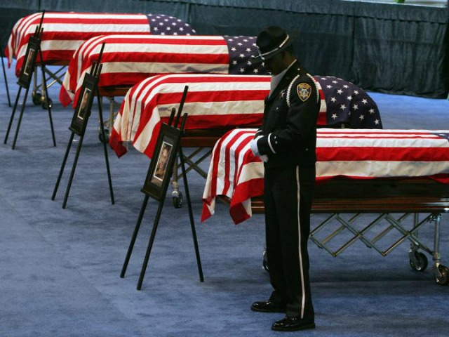 FBI: 95 U.S. Law Enforcement Officers Killed, 59,901 Assaulted in 2012