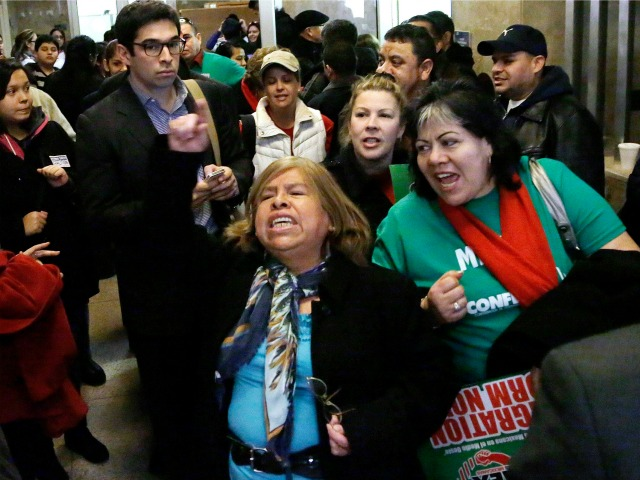 Illinois to Begin Issuing Driver's Licenses to Illegal Aliens in December