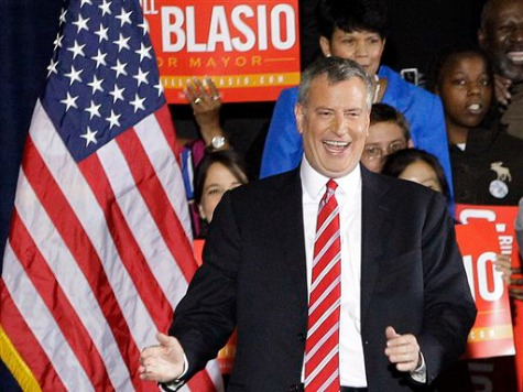 Democrat De Blasio Wins New York Mayor Race